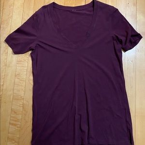 Garnet / Red V Neck Short Sleeve SZ 8